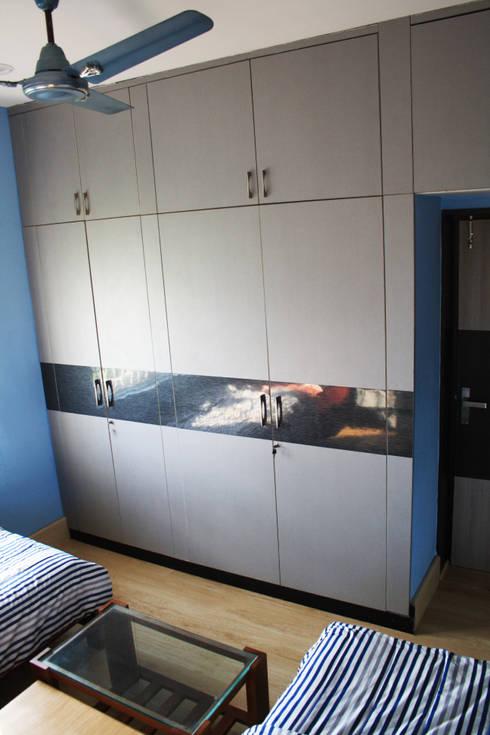 THIRUVANMAYUR BEACH HOUSE..: asian Bedroom by Ashpra Interiors