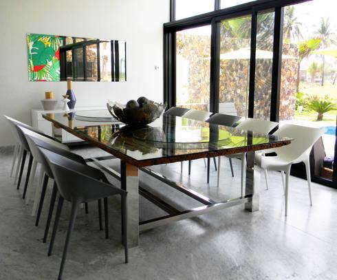Villa Amanda, Acapulco: Comedor de estilo  por MAAD arquitectura y diseño