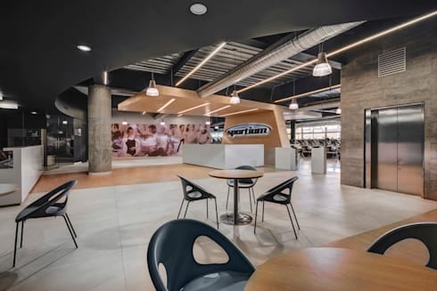 Sportium del Valle - RIMA Arquitectura: Gimnasios de estilo moderno por RIMA Arquitectura
