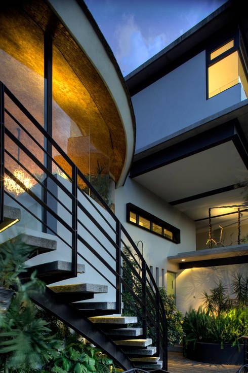Casa LA 356 - RIMA Arquitectura: Terrazas de estilo  por RIMA Arquitectura
