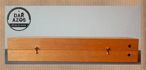 CAIXA para LINHAS: Arte  por Dar Azos - Oficina de Design