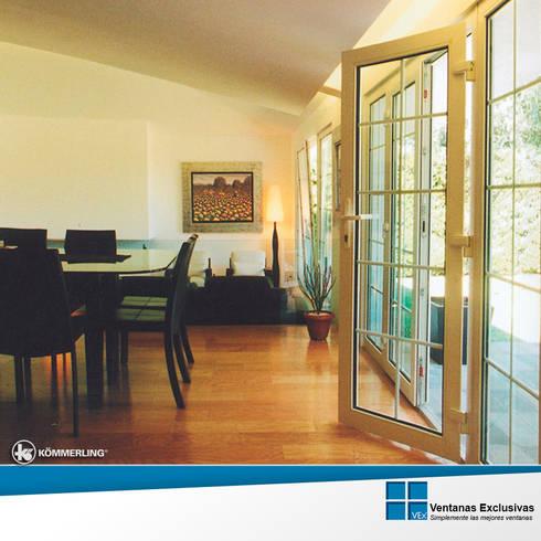 Sistemas de presión:  puerta balconera: Hogar de estilo  por Ventanas Exclusivas Guadalajara
