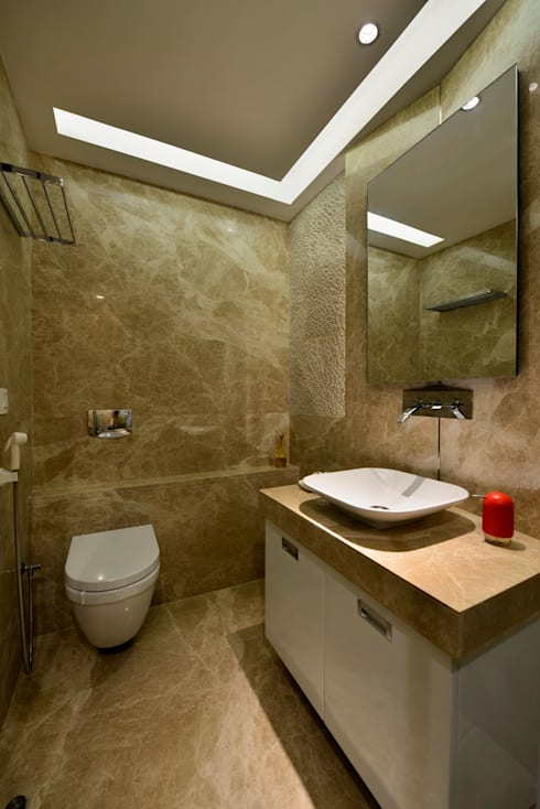 4 Bed Apartment Interior:  Bathroom by Aum Architects