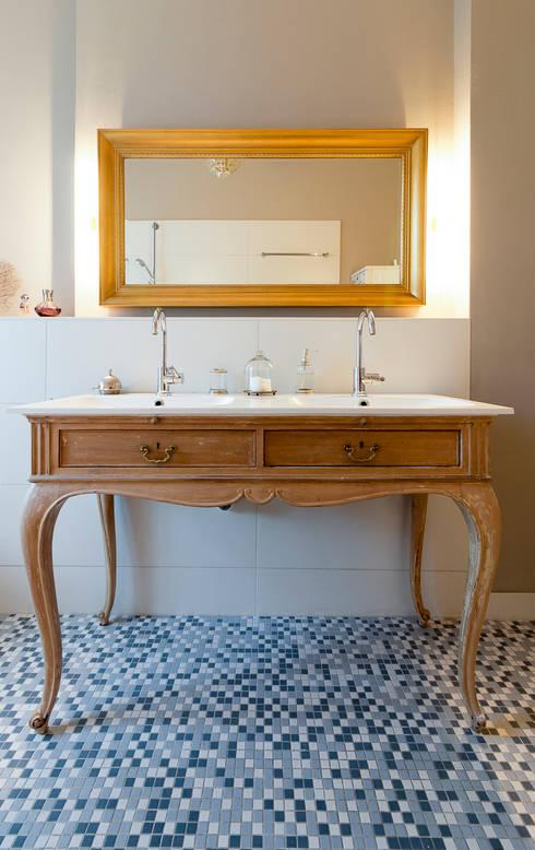 Ванные комнаты в . Автор – Pamela Kilcoyne - Homify