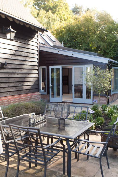 Сады в . Автор – Hampshire Design Consultancy Ltd.