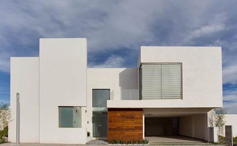 Casa UNO: Casas de estilo minimalista por Besana Studio