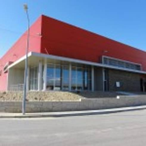 Pavilhão para Adega de Vinhos em Sabrosa:   por Norasil - Sociedade de Construção Civil, S.A.