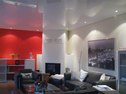 Wohnzimmer Rote Wand Von Mettner Raumdesign | Homify