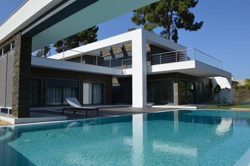 Aroeira 232:   por Arquitecto Telmo