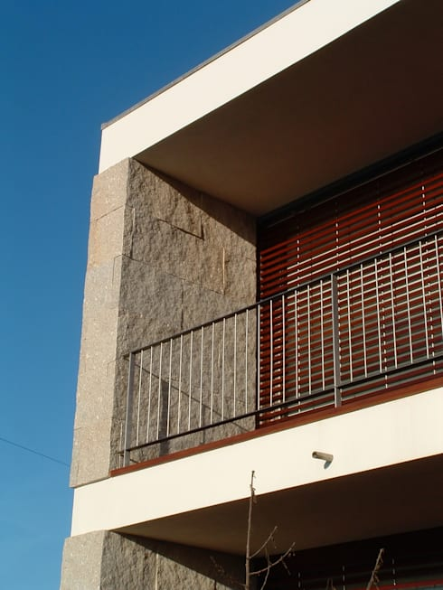 Casa Sá: Terraços  por Lousinha Arquitectos