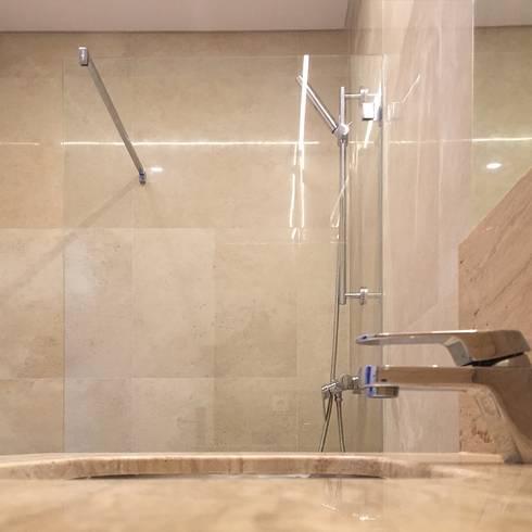 Casa de banho: Casas de banho modernas por HighPlan Portugal