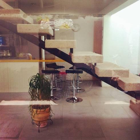 Casa Habitación: Cocinas de estilo colonial por idA Arquitectos