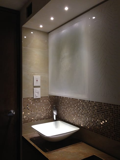 Proyecto en ejecución: Baños de estilo  por John Robles Arquitectos
