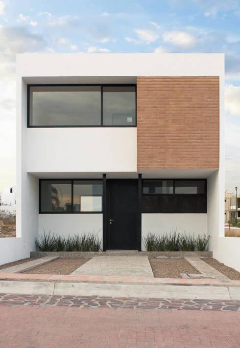 Casas de estilo  por Región 4 Arquitectura