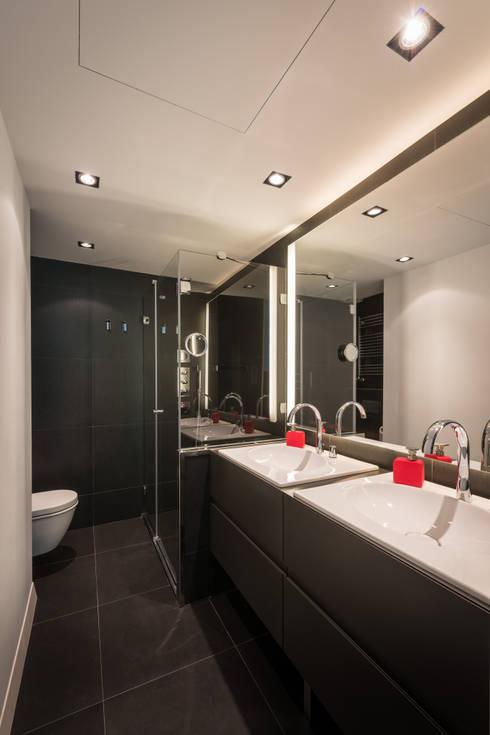 Baños de estilo  por Standal