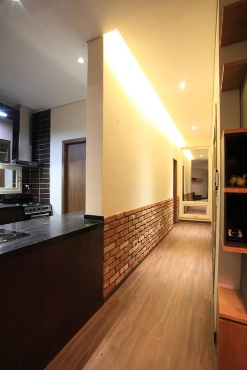 양평 M 하우스: SG international의  복도 & 현관