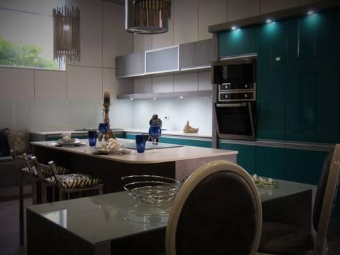 Cozinha: Cozinha  por IRMÃOS LEÇA DE FREITAS, LDA