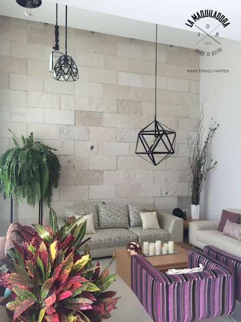 Livings de estilo moderno por La Maquiladora / taller de ideas