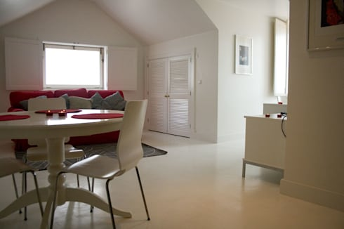 Before - Living/Dining Room:   por Architecture Tote Ser