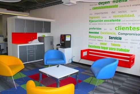 Oficinas AIA (Arquitectos e Ingenieros Asociados): Oficinas y Tiendas de estilo  por Heritage Design Group