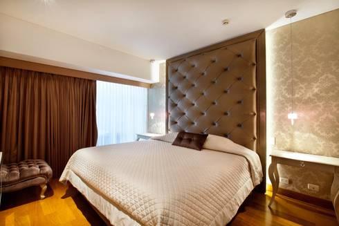 Dormitorio Principal : Dormitorios de estilo  por Carughi Studio