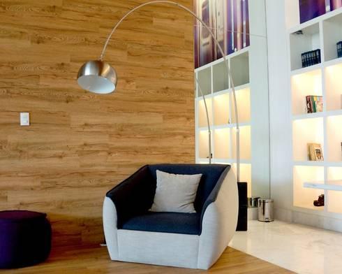 Cosmocrat: Salas de estilo minimalista por Interia Muebles