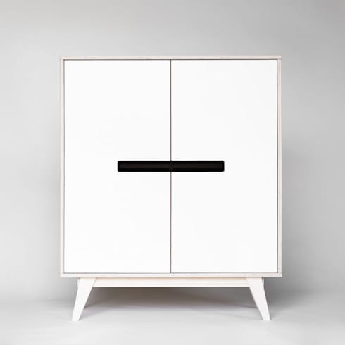 schr nke sideboards f r esszimmer von baltic design shop. Black Bedroom Furniture Sets. Home Design Ideas