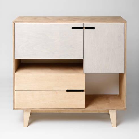 Schränke & Sideboards für Esszimmer by Baltic Design Shop | homify