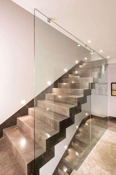 Corridor, hallway & stairs تنفيذ URBN