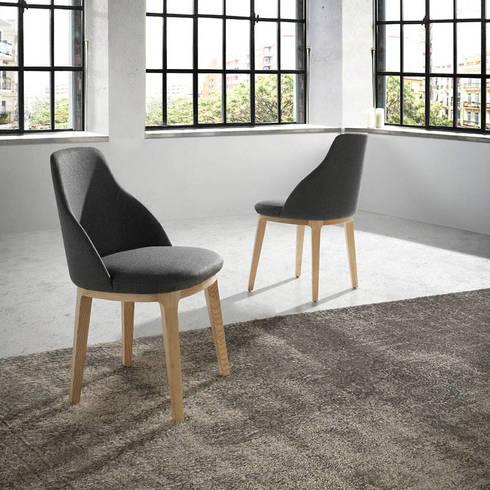 Cadeiras Chairs www.intense-mobiliario.com  GRASA http://intense-mobiliario.com/pt/cadeiras-de-madeira/8843-cadeira-grasa.html: Sala de jantar  por Intense mobiliário e interiores;