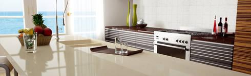 Botticino: Cocina de estilo  por Ecoconcept Design