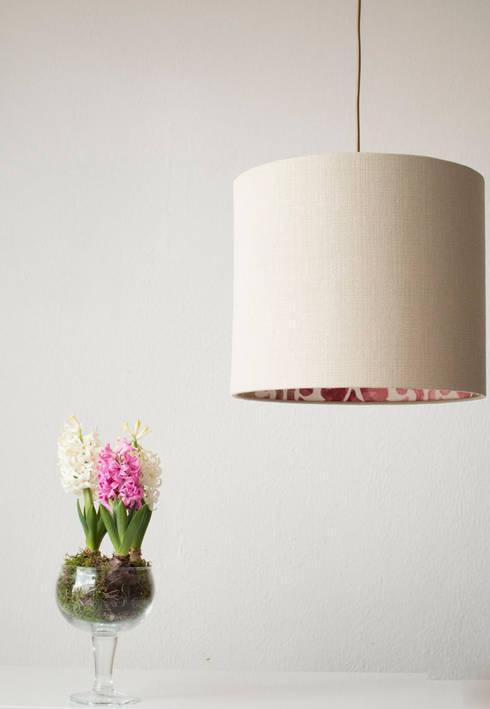 More Inspiration for the home: Paisagismo de interior  por ORCHIDS LOFT