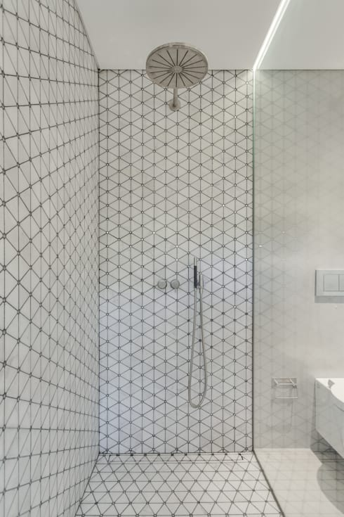 Baños de estilo  por LUV-Architecture & Design