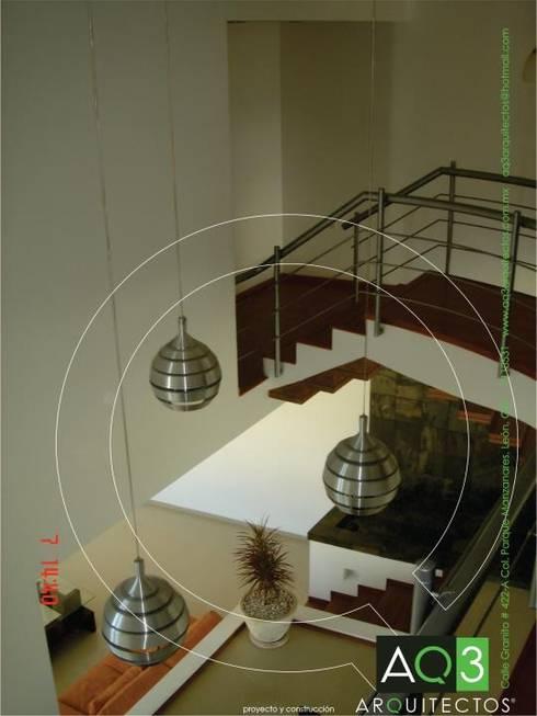 Recidencia Espinoza: Comedores de estilo  por AQ3 Arquitectos