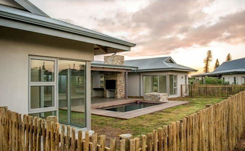 HSE Venter/Dilks: minimalistic Garden by CA Architects