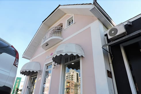 Casarão GV784: Lojas e espaços comerciais  por Cecyn Arquitetura + Design