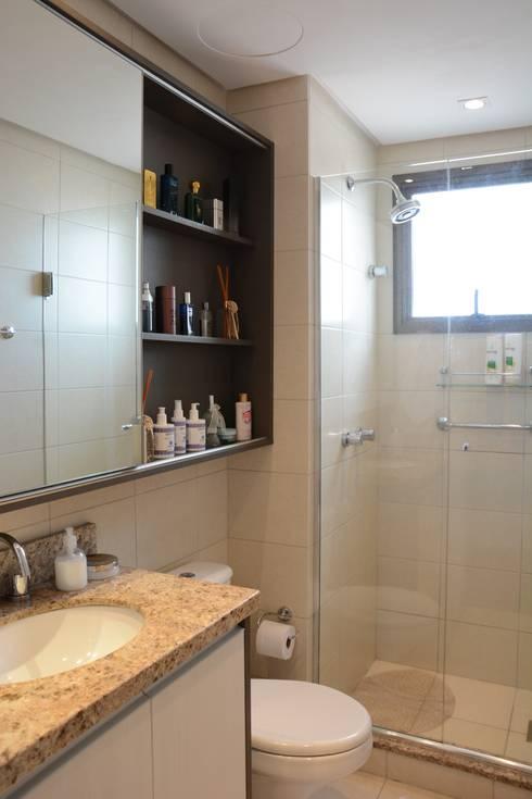 Projeto Residencial: Banheiros modernos por Expace - espaços e experiências