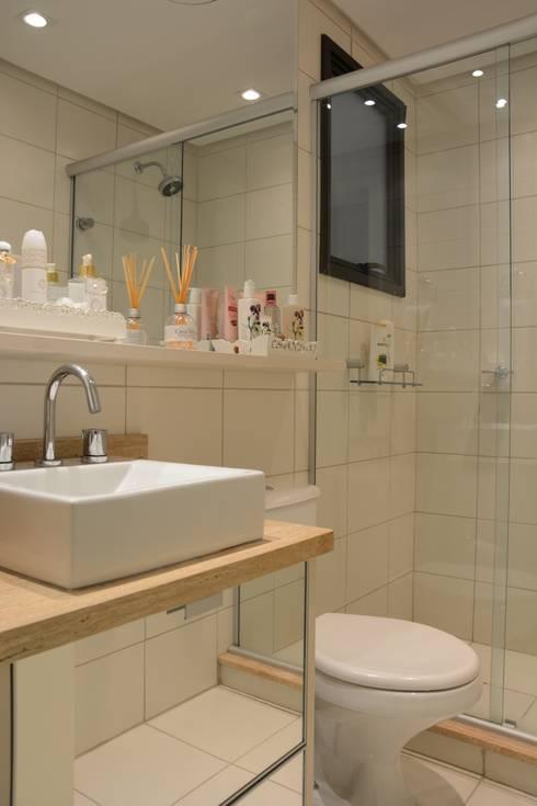 Baños de estilo  por Expace - espaços e experiências