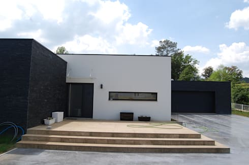 Moradia em Cabeceiras de Basto:   por Engebasto - Atividades de Engenharia e Arquitetura, Lda