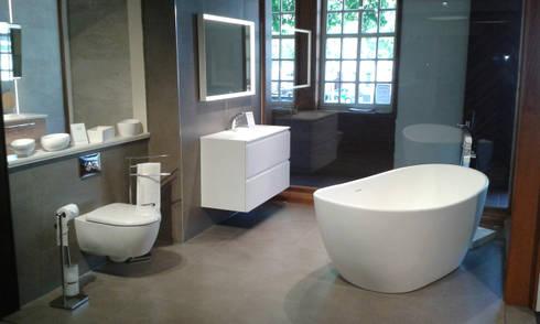 Showroom - Lange & Typky KG - DE: skandinavische Badezimmer von Copenhagen Bath
