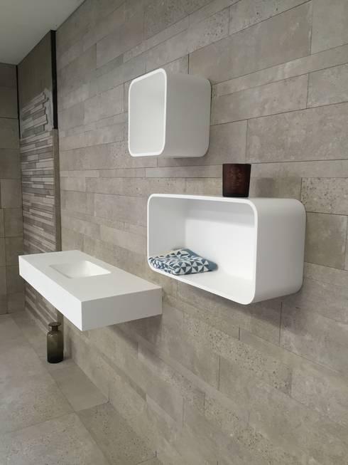 Showroom - Banio - DK: skandinavische Badezimmer von Copenhagen Bath