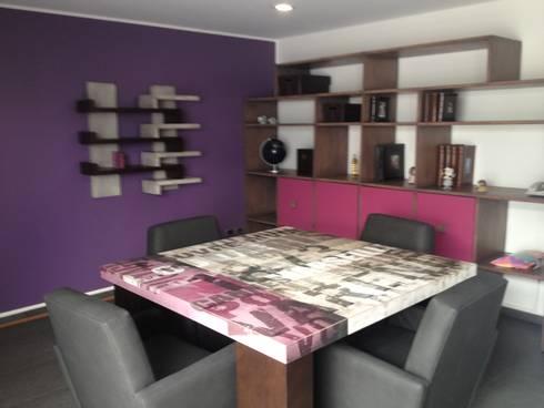 MESA DE TAREAS: Estudios y oficinas de estilo moderno por ENSAMBLE STUDIO