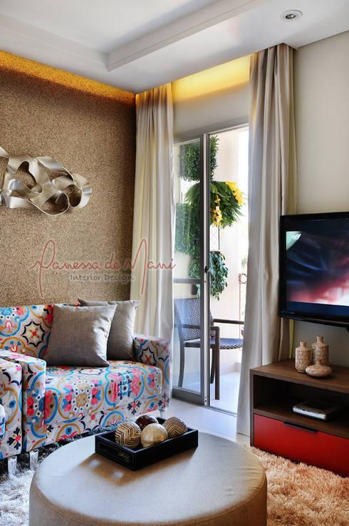 Apartamento de 50m² - Antes e Depois: Salas de estar modernas por Vanessa De Mani