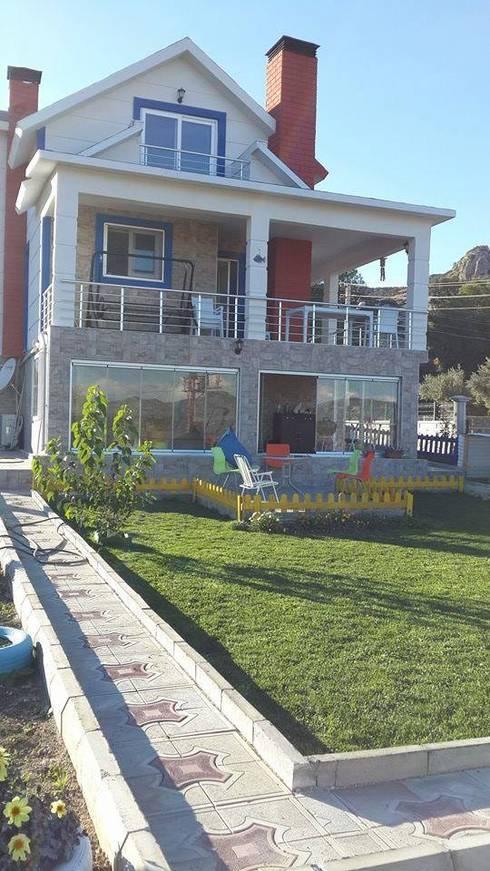 EGEUMUT ÇELİK YAPI – GALVANİZ ÇELİK EV: modern tarz Evler