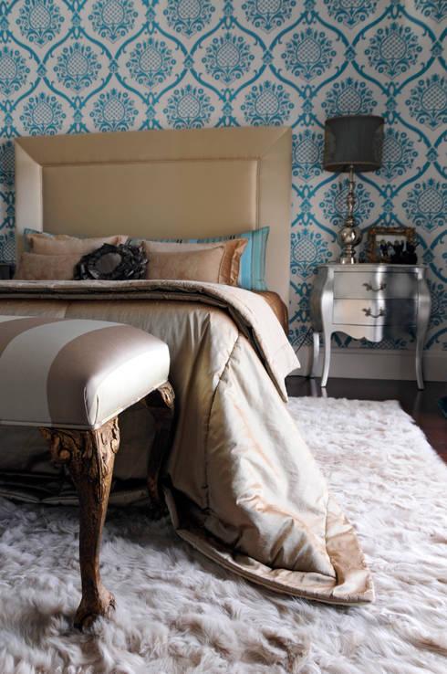 Suite 1: Quartos modernos por Amber Road - Design + Contract