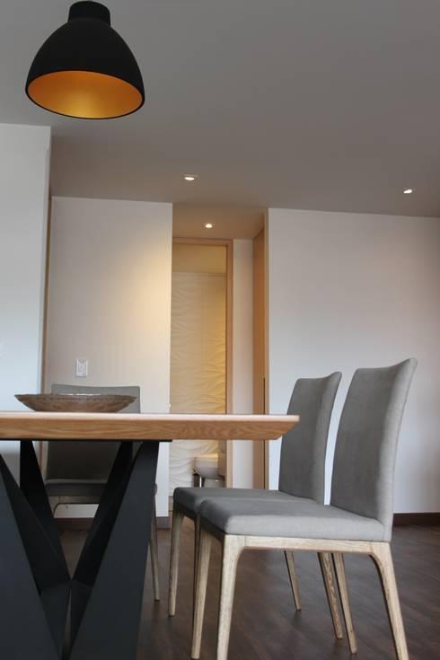 Sala: Salas de estilo  por Home Reface - Diseño Interior CDMX