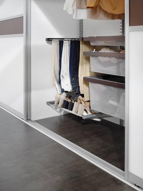 g stezimmer unterm dach von elfa deutschland gmbh homify. Black Bedroom Furniture Sets. Home Design Ideas