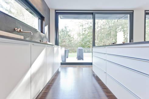 Modern Kitchen By Pretzsch Küchen GmbH U0026 Co.