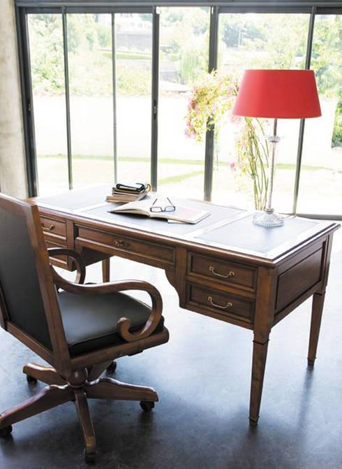 MI OFICINA GRANGE: Estudios y oficinas de estilo clásico por Grange México