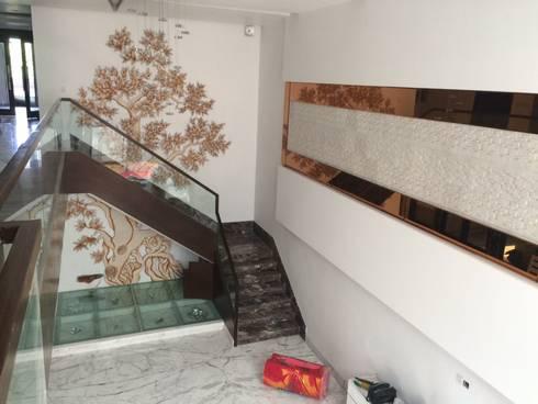 Interior Design:  Corridor & hallway by The Silversea